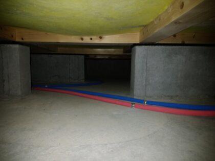 ケイアイスター不動産 (伊奈町) の 新築一戸建て - 床下の確認