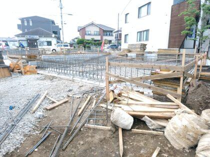 アーネストワン(八千代市)の 未完成物件 - 現在は基礎の工事中です