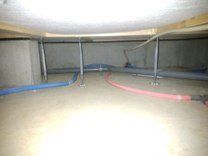 東栄住宅 (松戸市) の新築一戸建てを 建物診断 - 床下の施工状況