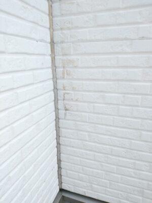 飯田産業 (東久留米市) の新築一戸建てを建物診断 - 外壁の汚れ