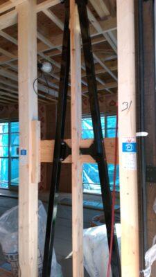 アスティーク(立川市)の新築一戸建て ー 制震ダンパーを目視!