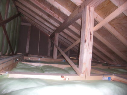 小屋裏 石膏ボード 未施工